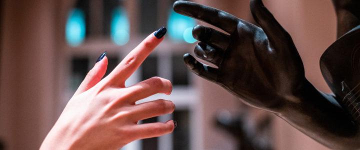 Nature des ongles : Pourquoi mon vernis ne tient pas ?